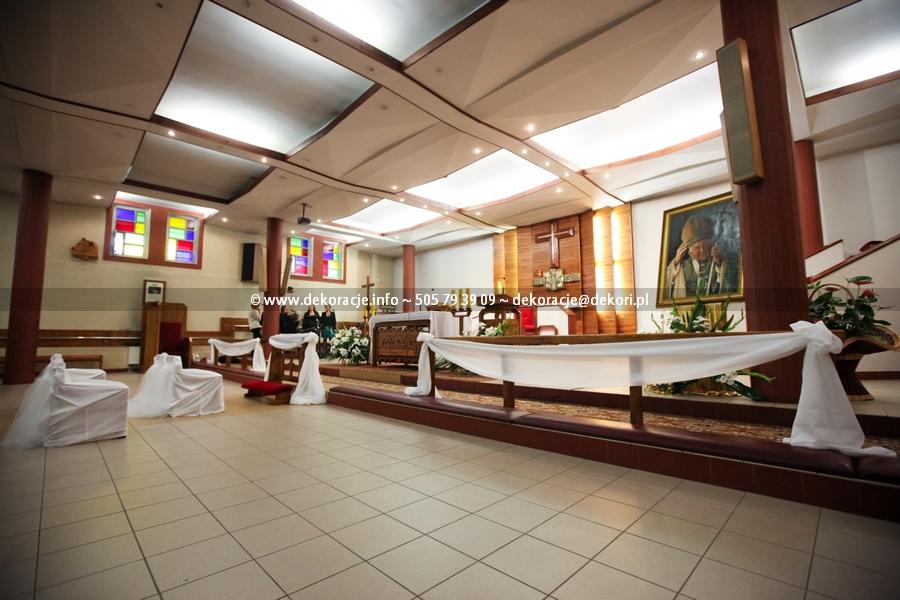 dekoracja ślubna w kościele serca jezus