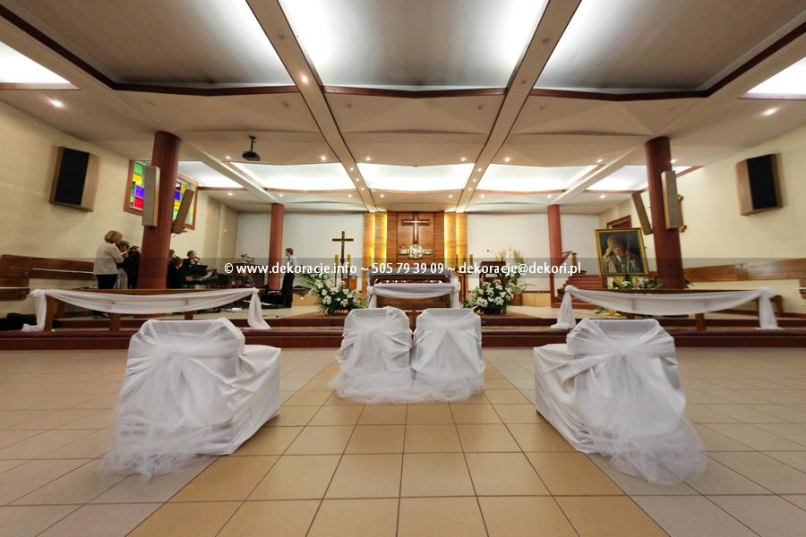 pokrowce na krzesła w kościele Sopot