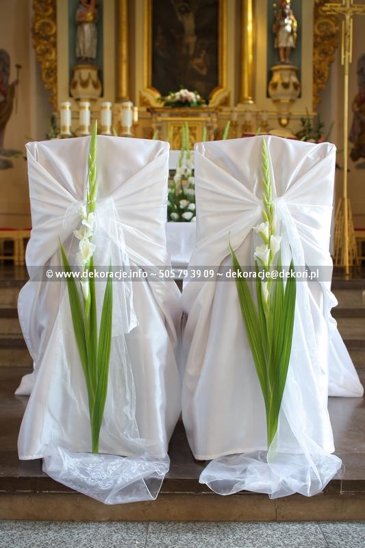 wystrój kościoła podwyższenia krzyża świętego