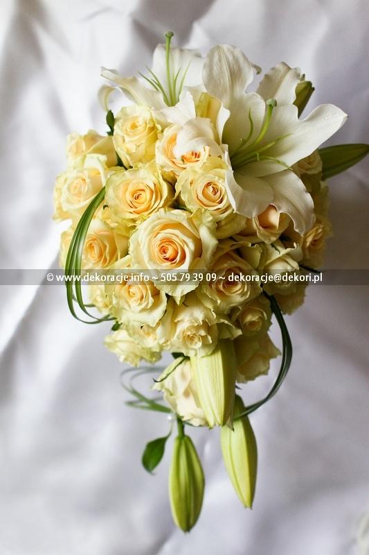 bukiet ślubny róże lilia