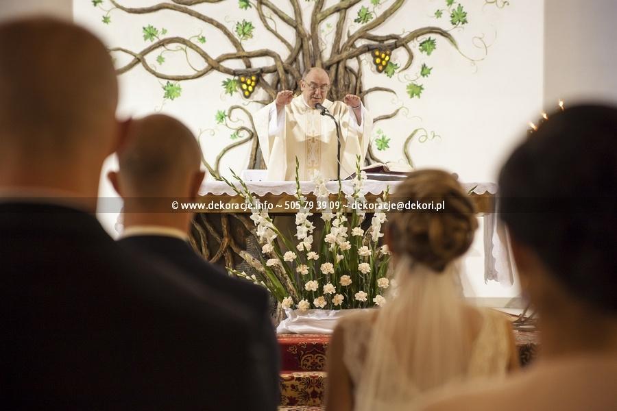 dekoracja kościoła na ślub gdynia