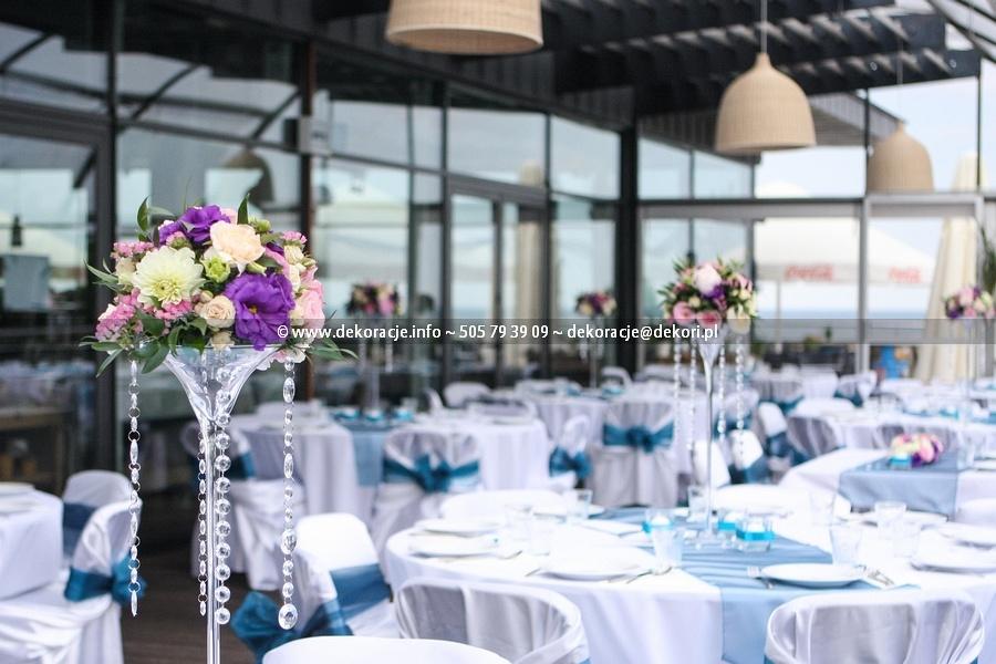 okrągłe stoły na ślubie