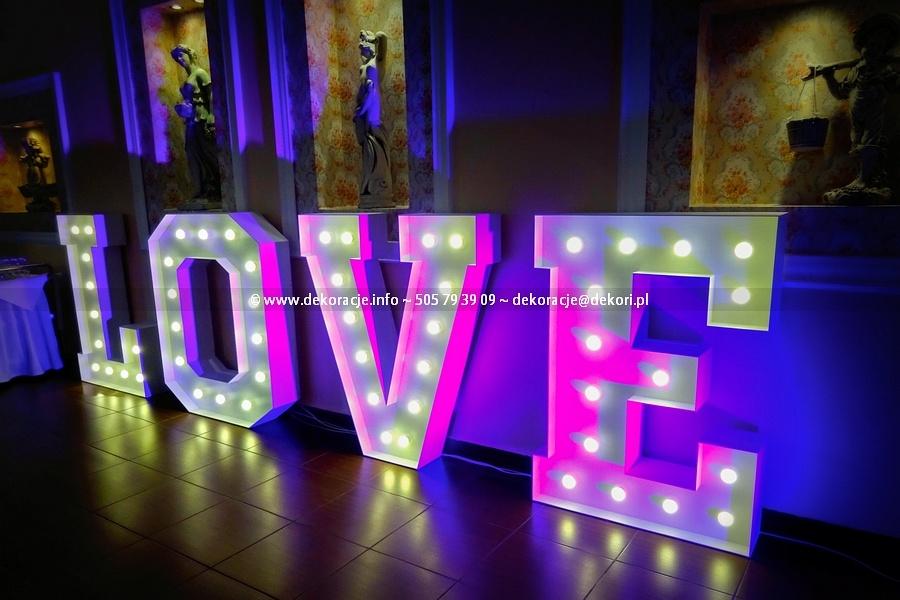 Napis LOVE Reda wesele