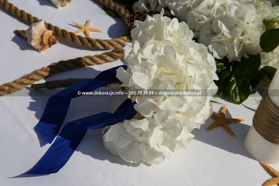 dekoracje ślubne w stylu morskim