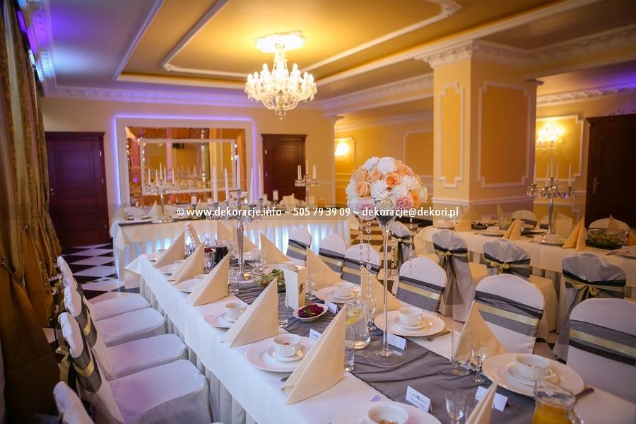 pałac w Rodowie wesele
